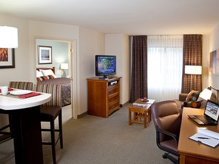 Equipped Suite | Seasonal Pool + Free Wi-Fi, Free Breakfast