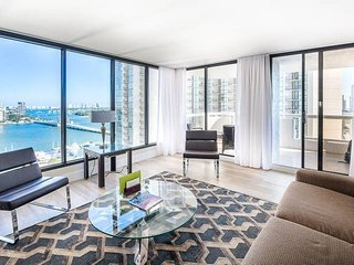 Downtown Miami 57 | Luxury 2BR Waterfront Condo-Hotel w/Free Valet Parking