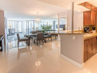 Downtown Miami 45 | Premium 2BR Waterfront Condo-Hotel w/Free Valet Parking