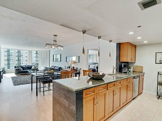 Downtown Miami 45 | Prime 1BR Waterfront Condo-Hotel w/Free Valet Parking