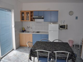 Holiday home 104379 - Holiday apartment 4446
