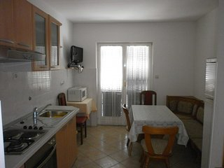 Holiday home 104433 - Holiday apartment 184671