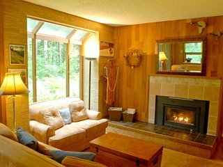 84SW Large Condo with a Sauna