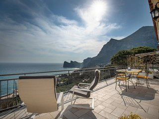 Belvedere apartament in Nerano stunning sea view