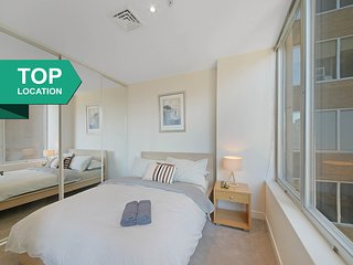 A Cozy 2BR Apt on Collins Near Flinders Station