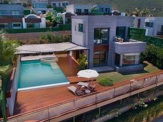 Villa Hill Premium by EvTatilim   Bodrum, Torba