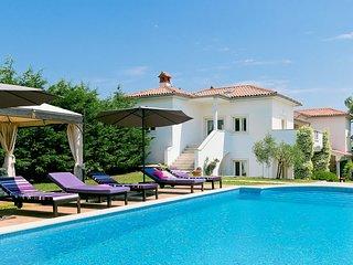 Rakalj Villa Sleeps 14 with Pool and Air Con - 5820628