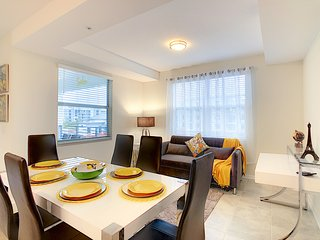 #NEW SPECIAL OFFER - THE SUNSHINE - FABULOUS CONDO AT STOREY LAKE