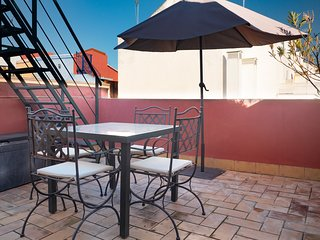 Attic Apartment with Private Terrace in the Centre of Seville - 3600 Views!