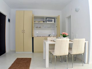 Holiday home 144516 - Holiday apartment 128451