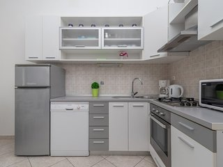 Holiday home 160847 - Holiday apartment 159490