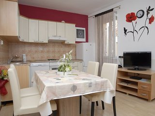 Holiday home 162470 - Holiday apartment 162737