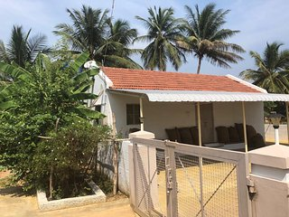 uHomeMe Farmhouse near Mondipalayam Perumal Temple
