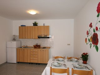 Holiday home 110699 - Holiday apartment 195315
