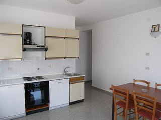 Holiday home 142272 - Holiday apartment 123685