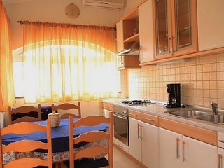 Holiday home 141287 - Holiday apartment 120437