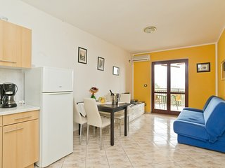 Holiday home 167091 - Holiday apartment 173403