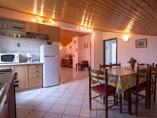 Holiday home 172278 - Holiday apartment 185133