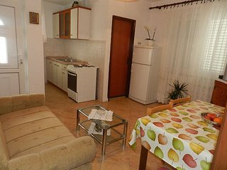 Holiday home 172260 - Holiday apartment 185091