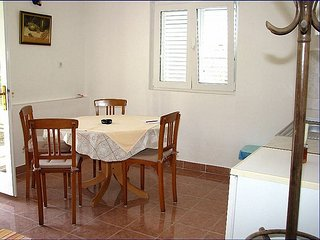 Holiday home 164161 - Holiday home for sole use 166103