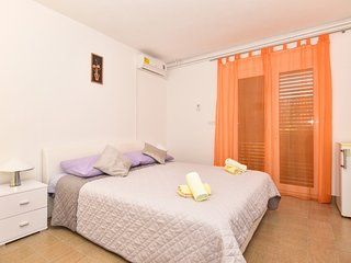 Holiday home 158568 - Holiday apartment 154334