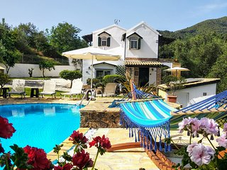 villa Claire, Gastouri - Benitses -TOTAL PRIVACY close to resort