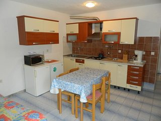 Holiday home 153868 - Holiday apartment 144051
