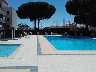 Agreable studio secteur Grazel avec piscine et parking prive