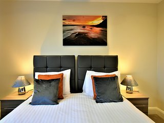 03. London Heathrow Living Serviced Apartments by Ferndale