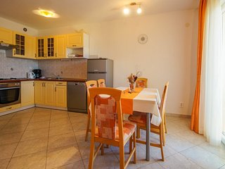 Holiday home 160847 - Holiday apartment 159484