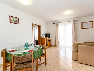 Holiday home 183681 - Holiday apartment 228834