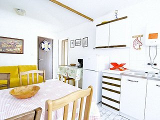 Holiday home 172548 - Holiday apartment 185673