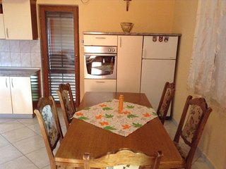 Holiday home 186561 - Holiday apartment 217815
