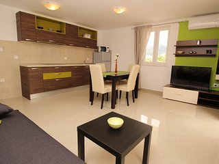 Holiday home 186621 - Holiday apartment 217941