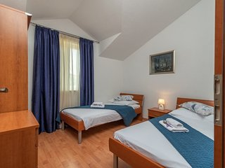 Holiday home 160847 - Holiday apartment 159489