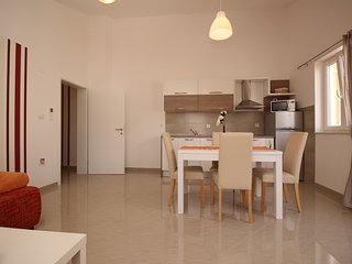 Holiday home 186621 - Holiday apartment 217962