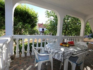 Holiday home 119420 - Holiday apartment 115593