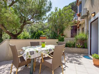 Holiday home 186708 - Holiday apartment 218127