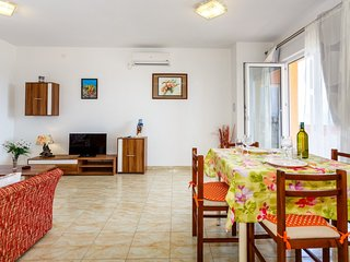 Holiday home 183681 - Holiday apartment 210933