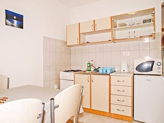 Holiday home 144230 - Holiday apartment 211896