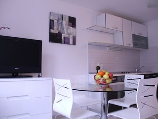 Holiday home 185274 - Holiday apartment 215235