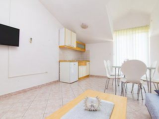 Holiday home 142064 - Holiday apartment 122350