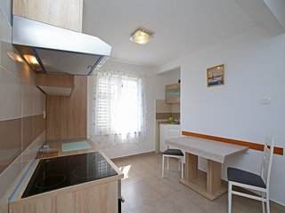 Holiday home 193107 - Holiday apartment 233346