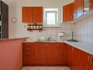 Holiday home 163750 - Holiday apartment 165298