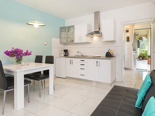 Holiday home 166170 - Holiday apartment 207972