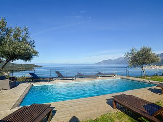 Beautiful apartment in St Florent w/ WiFi, Outdoor swimming pool and 3 Bedrooms