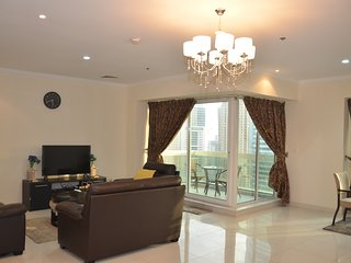 Glorious 2BR Apartment in JLT With Sheikh Zayed Road View