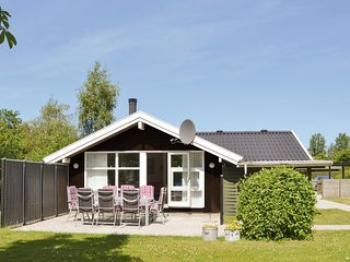 Amazing home in Jægerspris w/ WiFi and 4 Bedrooms (G3102)
