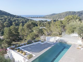 IBIZA LUXURY MANSION SALINAS