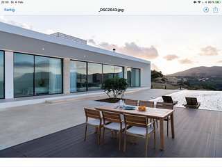Ellas residence magnificent views